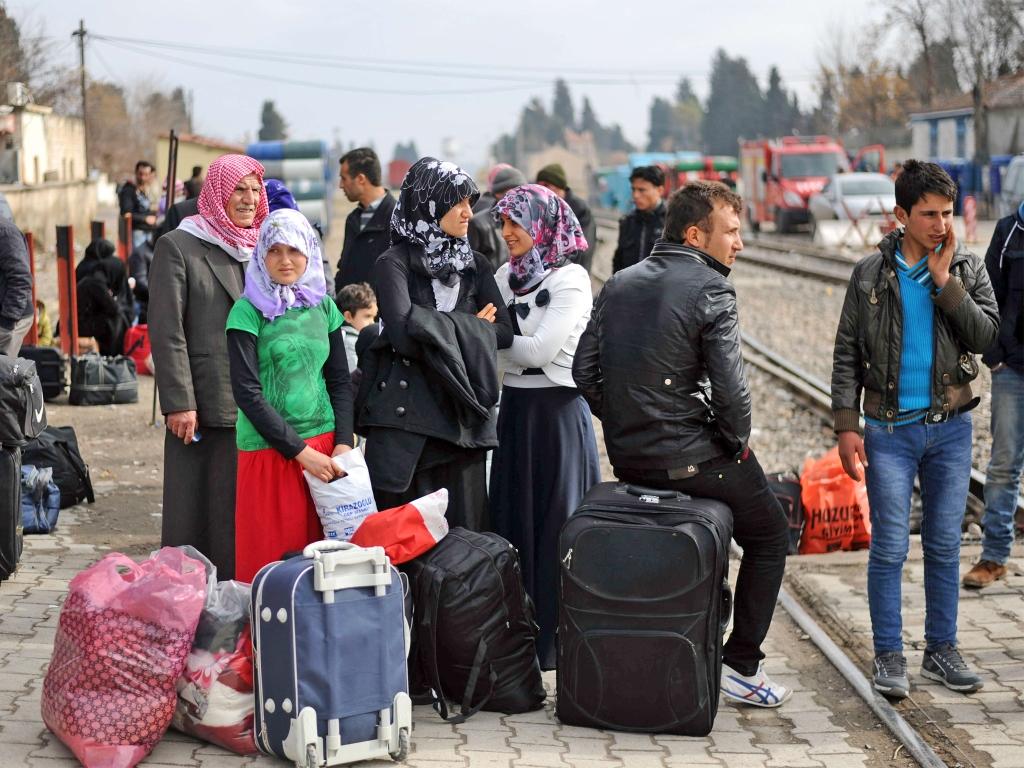 http://www.sarajevotimes.com/wp-content/uploads/2015/09/refugees2.jpg