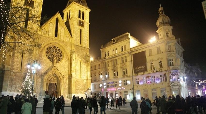 Christmas In Sarajevo.Pontifical Christmas Masses In Sarajevo Banja Luka And