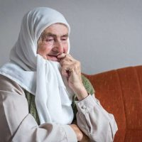 Interesting Story of Nura Ferhatović who uses 500-Years-old Script