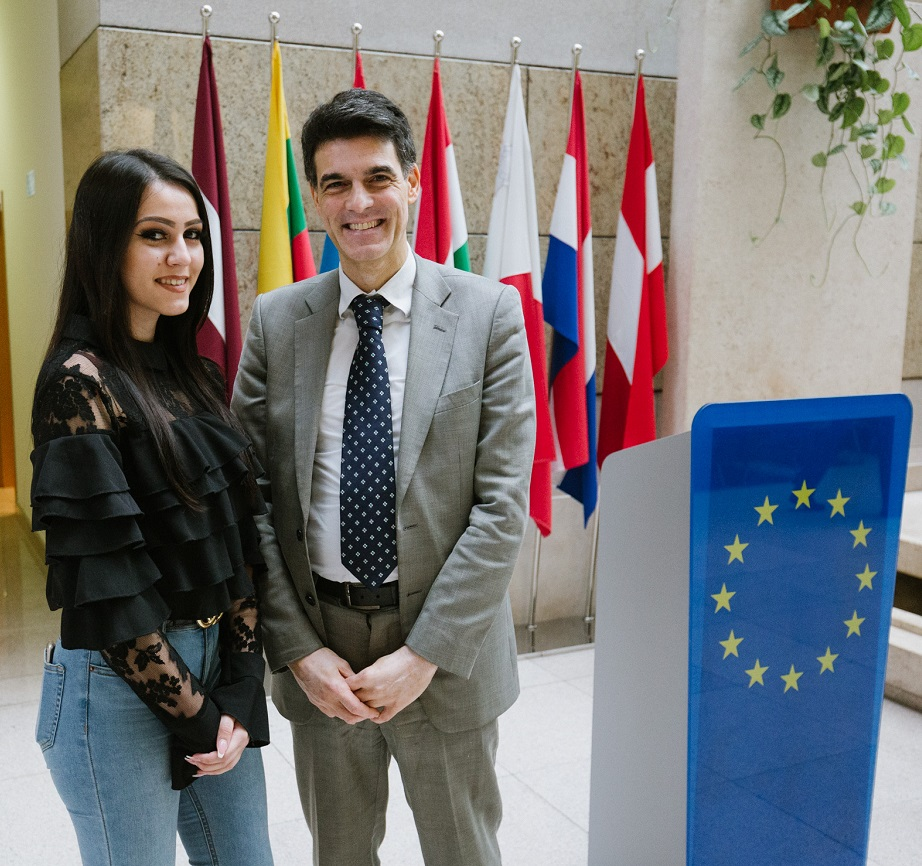Over 320 Roma Children and Youth in BiH will be