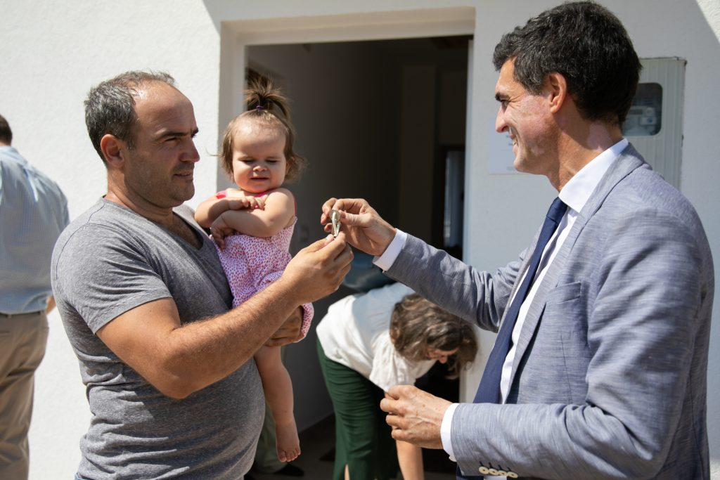 Handover of the Thousandth Housing Unit marked in Mostar